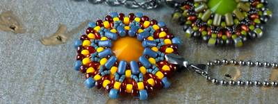 ROUND PENDANT WITH BEADS RULLA AND SUPERDUO AND MATUBO RIVOLI IN MANY COLOR VARIANTS